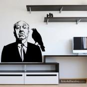 Una pared de cine en tu casa con Alfred Hitchcock