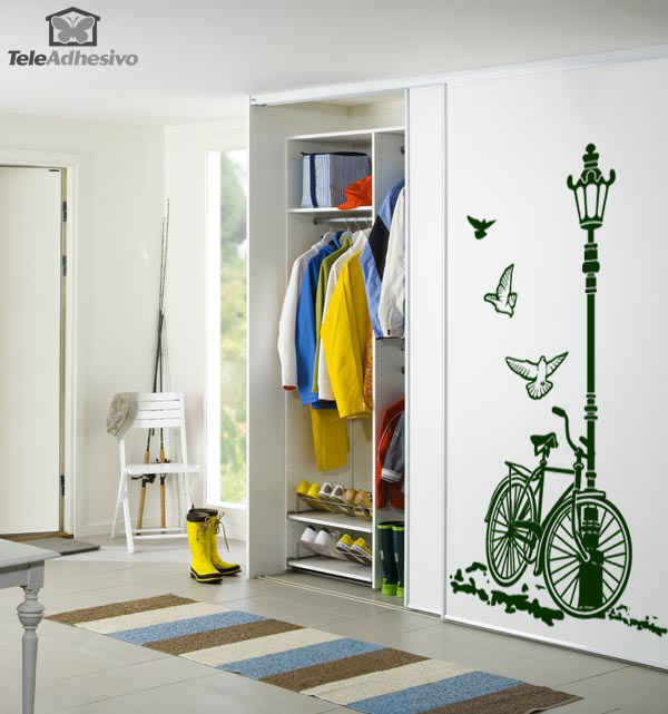 Originales puertas de armario for Vinilos decorativos para entradas